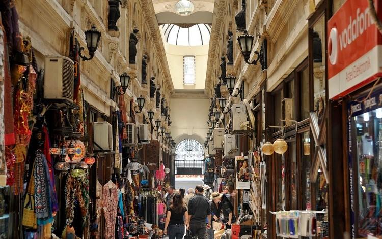 Павильон 3 на рынке Лалели в Турции