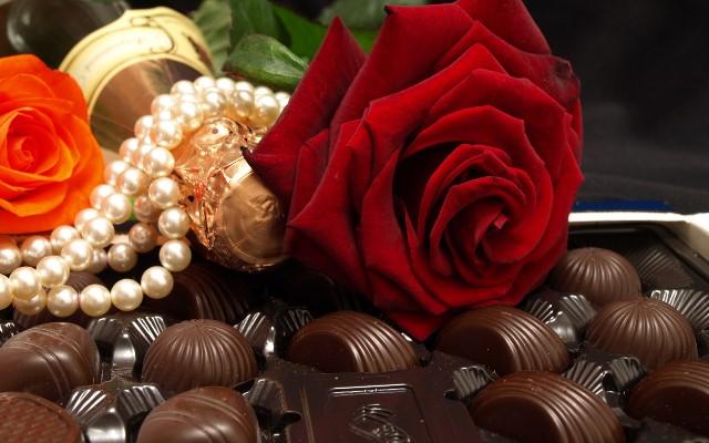 Цветы и сладости - обязательные атрибуты турецкого сватовства